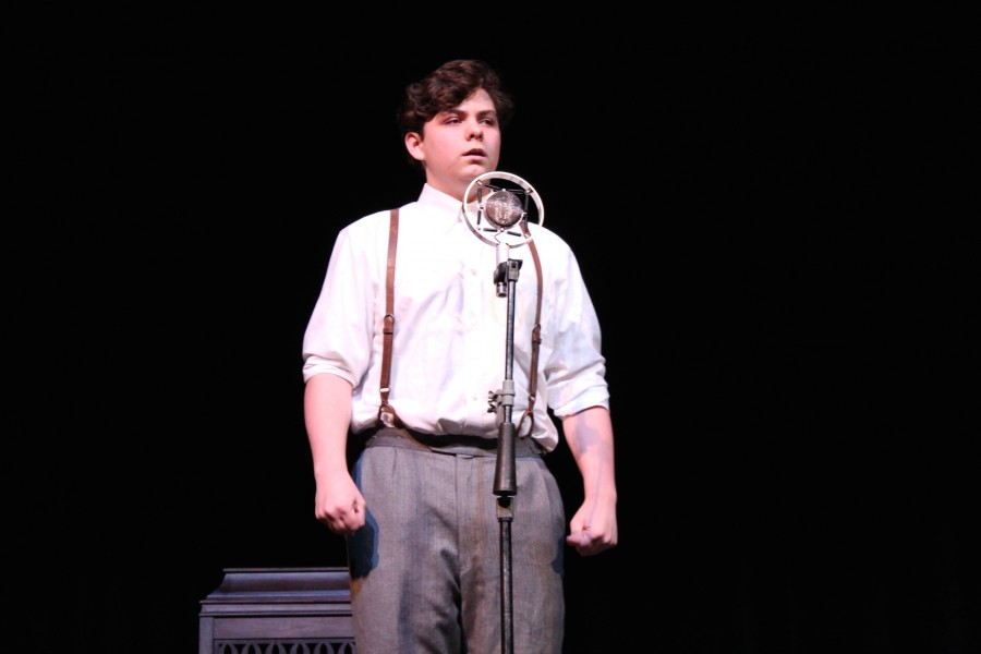 David Quinn (Gregor Patti) tells his love story on the radio in the One Act play. (Photo courtesy of Caroline Cotten)