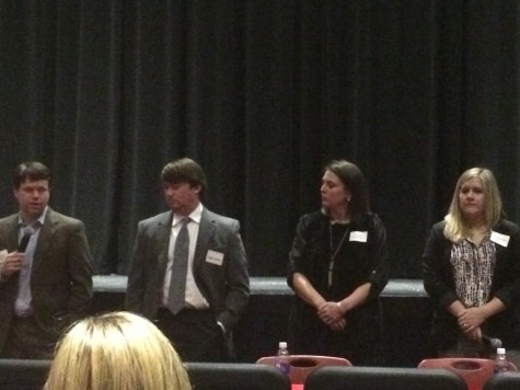 Alumni Give Career Perspective to Juniors