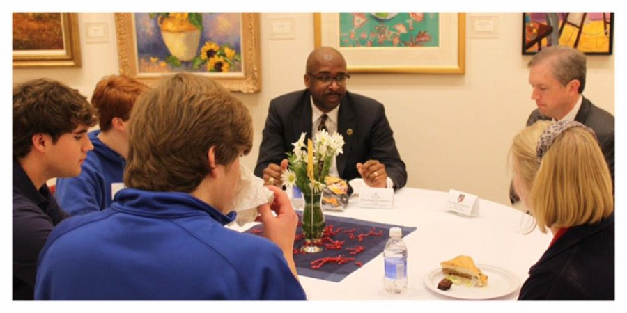 USM Head Talks to Prep Students