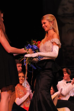 Mallory Abraham receiving award for most Beautiful. courtesy of Hubert Worley Photography.