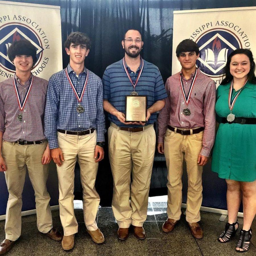 Quiz Bowl Heading to Nationals