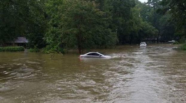 Prep Community Responds to Louisiana Flood