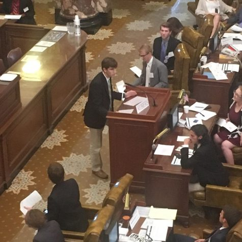 Sen. Wesley Roberson explains things to his fellow legislators.