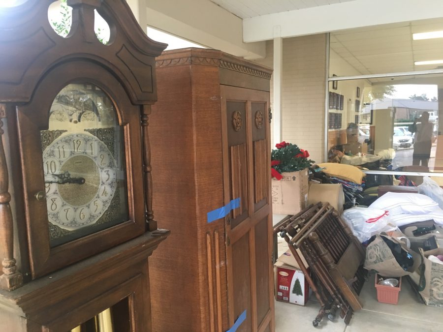 Jr. Class Garage Sale approaches with changes