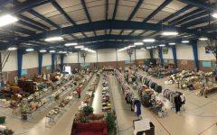 Juniors prepare for annual class garage sale