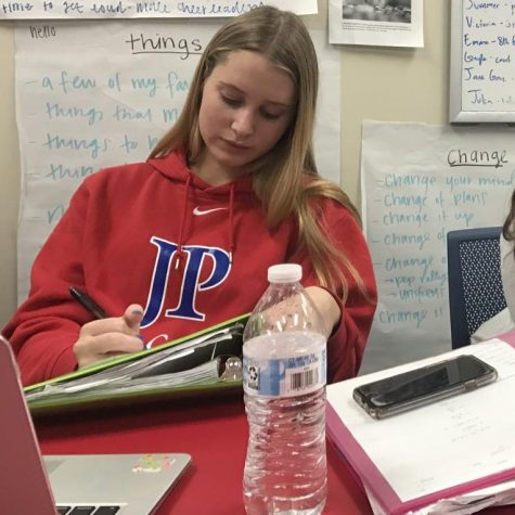 Sophomore Sayley Crawford working hard to stay on top of her exam studies.
