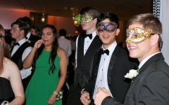 Students get groovy at Prom 2019