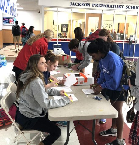 Students vote in gubernatorial mock election