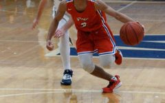 Boys' basketball begins conference play