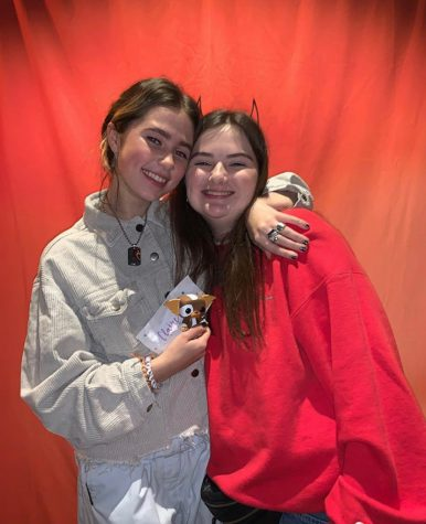 Julia and Clairo at her Atlanta meet and greet