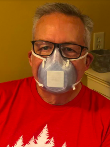 Shown above is Mr.Doug Boone, who works at Methodist Rehab, wearing one of Ms. Hobbs' 3D printed masks.